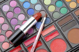 美容専門学校に偏差値って関係ある?